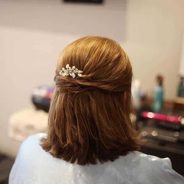 Short Half Hair Up Wedding Hair Idea