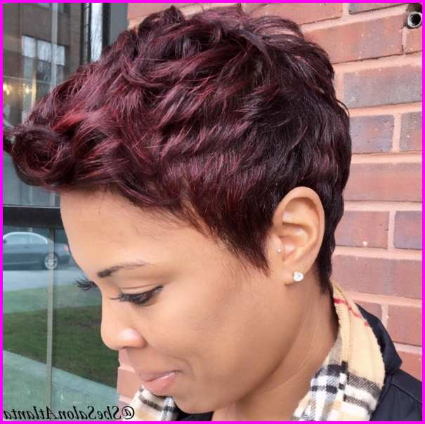 Short Pixie Cuts for Black Women with Highlights