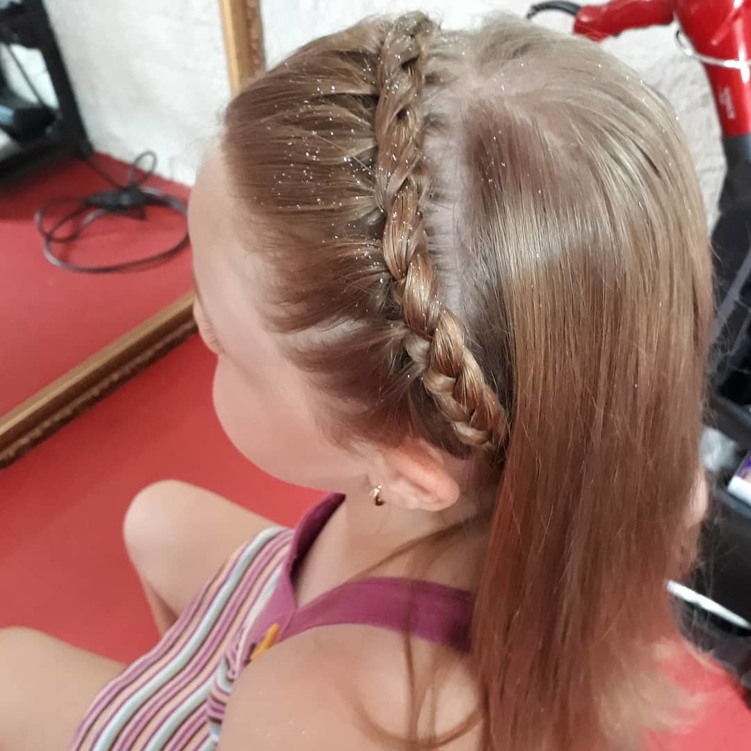 25 Easy Wacky Hairstyles For School Girl Short Pixie Cuts
