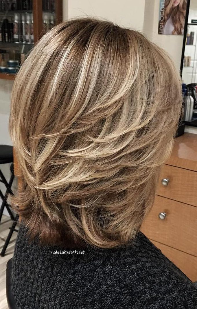 40 Cute And Easy To Style Short Layered Hairstyles Hairstyle Inspirations For 2020 Short Pixie Cuts