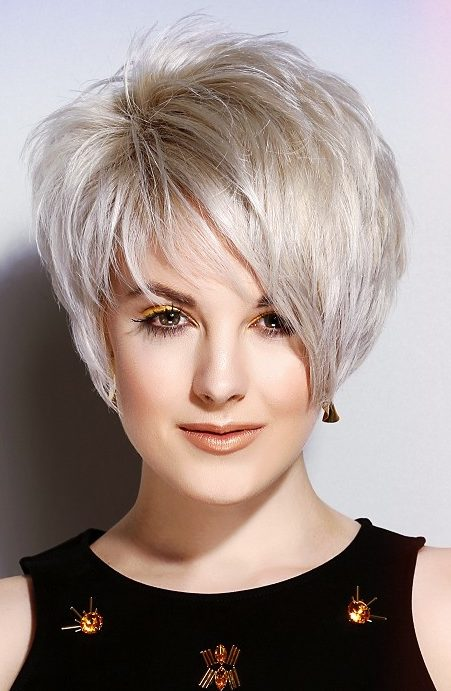 40 Cute and Easy-To-Style Short Layered Hairstyles ...